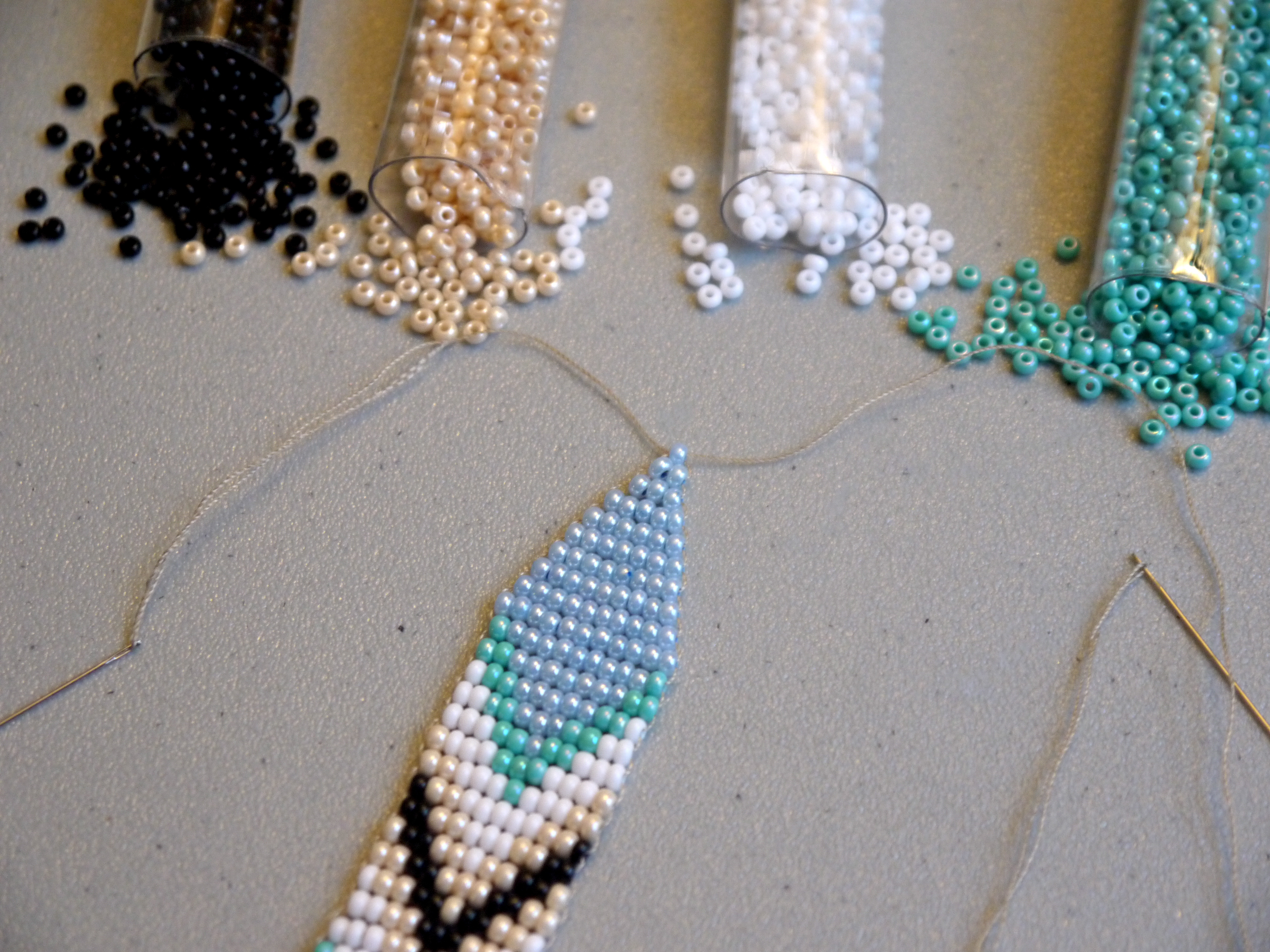 diy beaded tribal earrings – pumps & iron