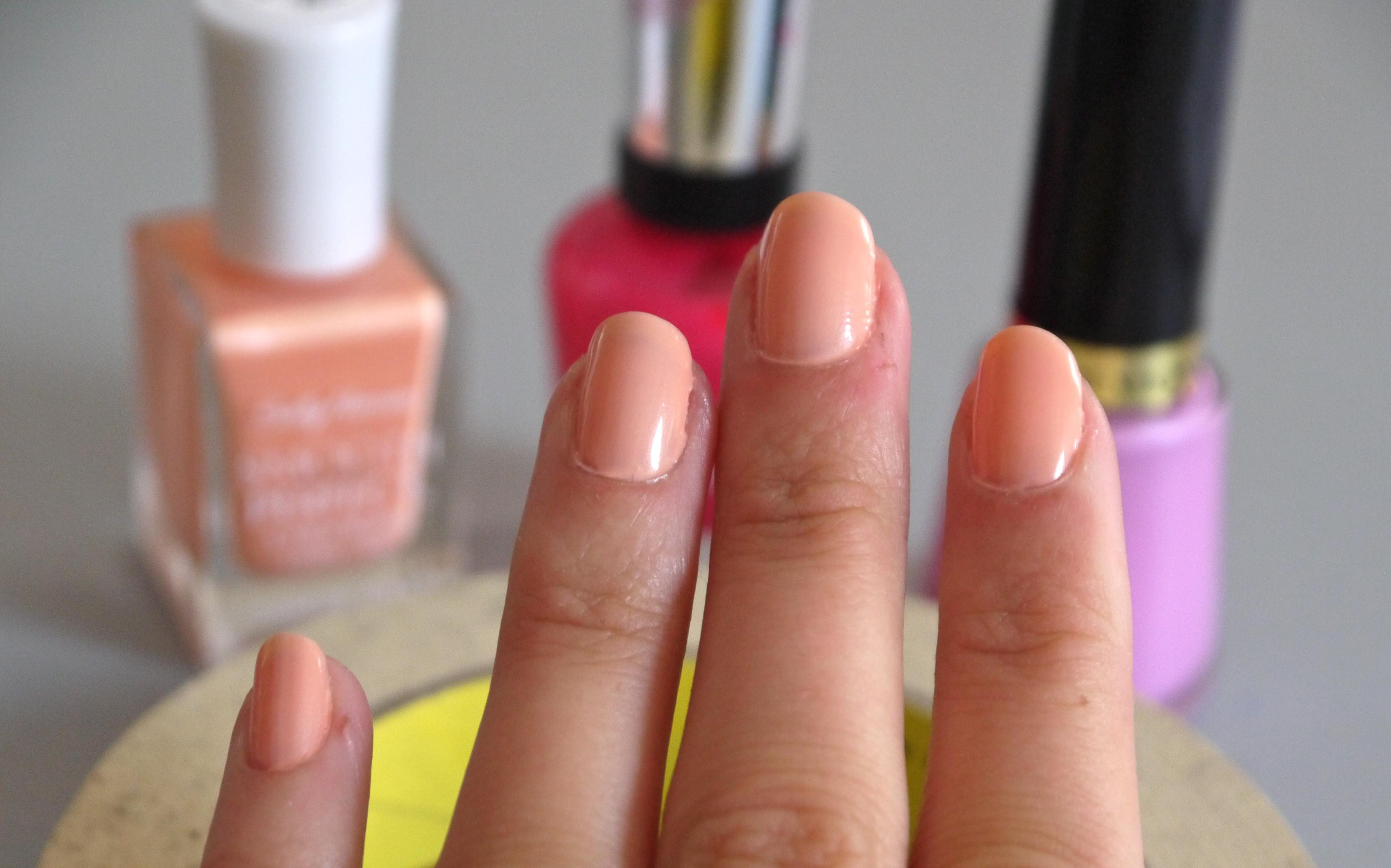 nail polish – pumps & iron